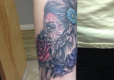 woman-skull-roses