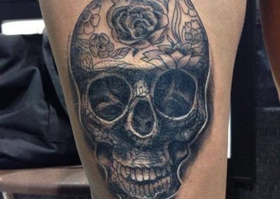 skull-flower-accents